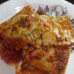 RAVIOLONES DE RICOTA Y VERDURA (la salsa es a gusto)