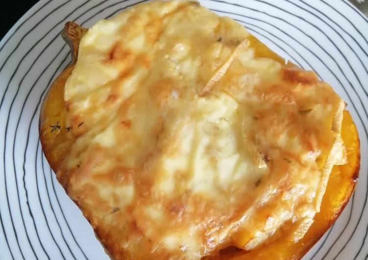 Le moyen le plus simple de Préparer Savoureux Butternut Raclette thym et Romarin
