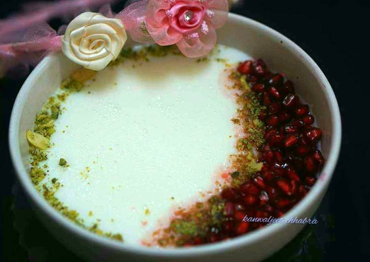 Steps to Make Homemade Malabi with pomegranate syrup