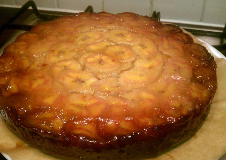 Upside down Caramel Banana Cake