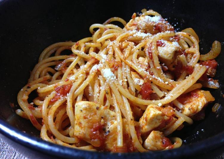 Steps to Prepare Favorite 15 Minute Chicken Pasta in a Garlic Tomato Sauce