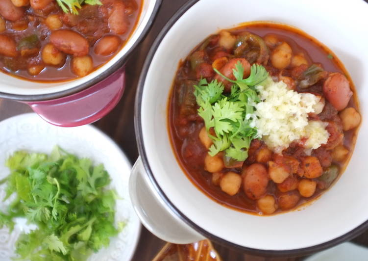 Homemade Vegetarian Chickpea And Kidney Bean Chili Recipe By Felice Cookpad