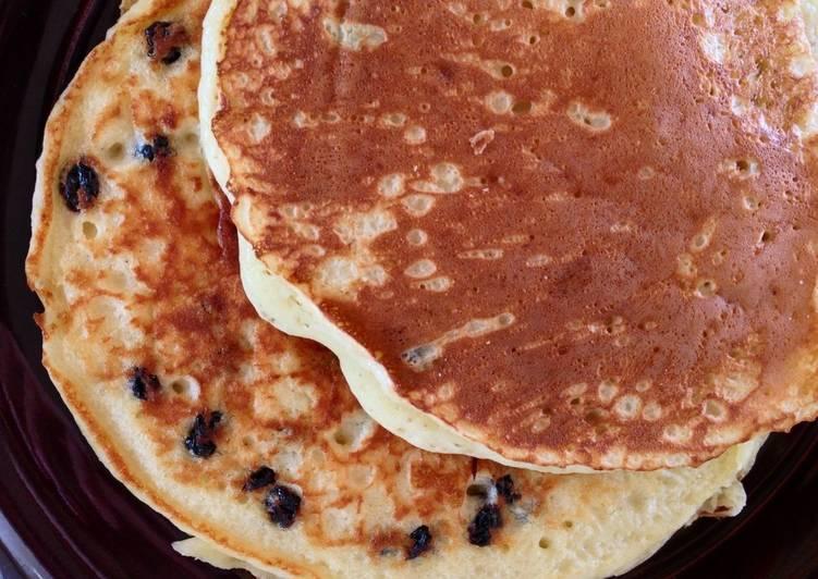 Blueberry Yoghurt Pancakes