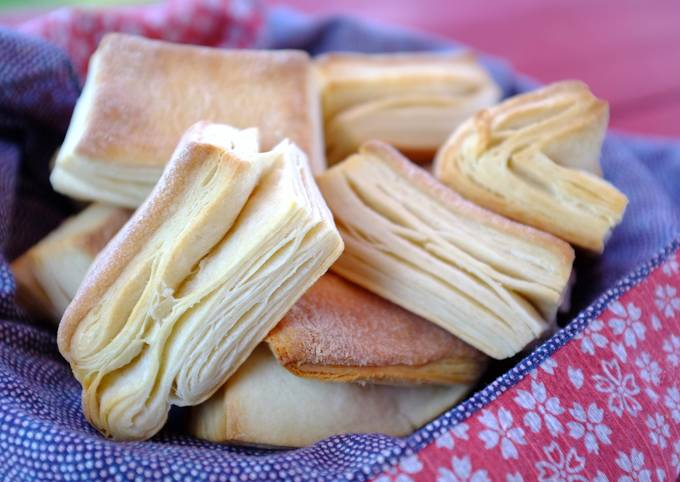 How to Cook Delicious Flaky, Buttery Homemade Biscuits