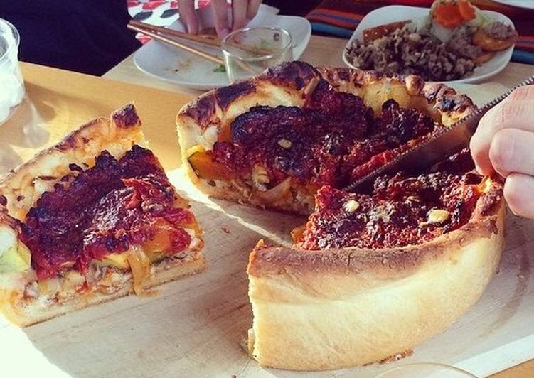 Step-by-Step Guide to Make Award-winning Chicago-style Deep Dish Pizza