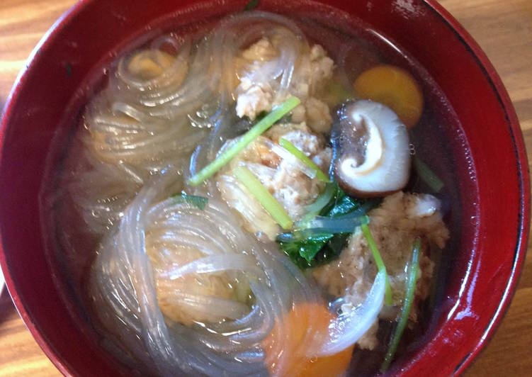 Thai Vermicelli Soup with Pork & Shrimp Meatballs