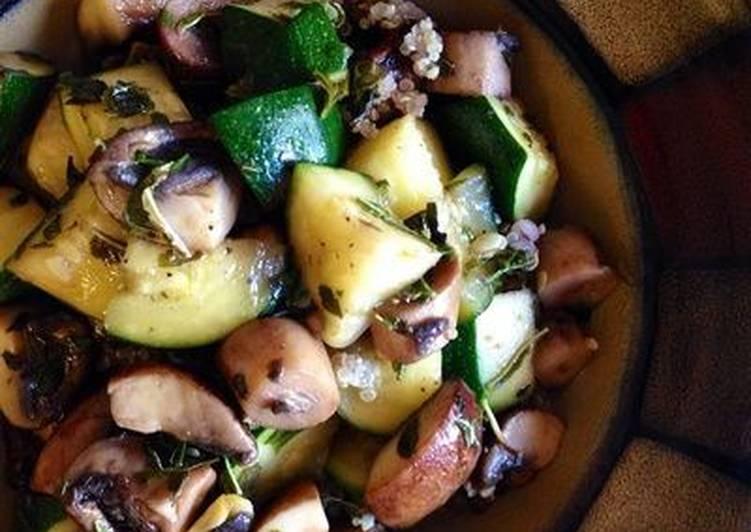 How to Make Award-winning Zucchini and Mushrooms Sautéed with Basil