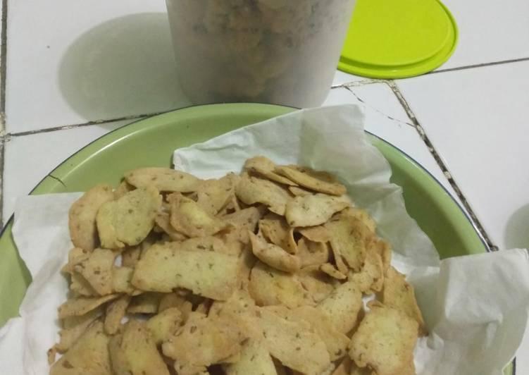 Kue bawang tapioka