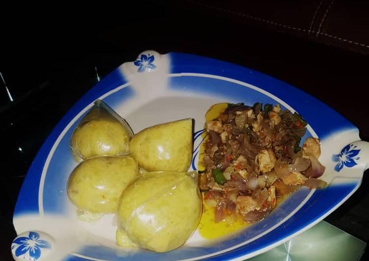 Simple Way to Make Most Popular Alalen dankali with chicken sauce