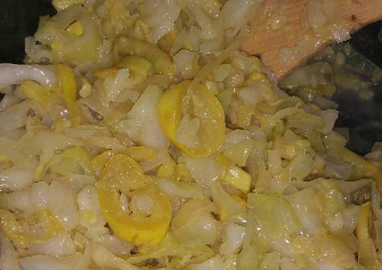 Yellow Squash and Cabbage