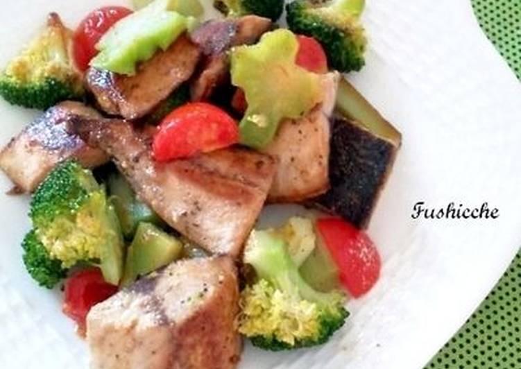 Mackerel, Broccoli and Garlic Stir-Fry