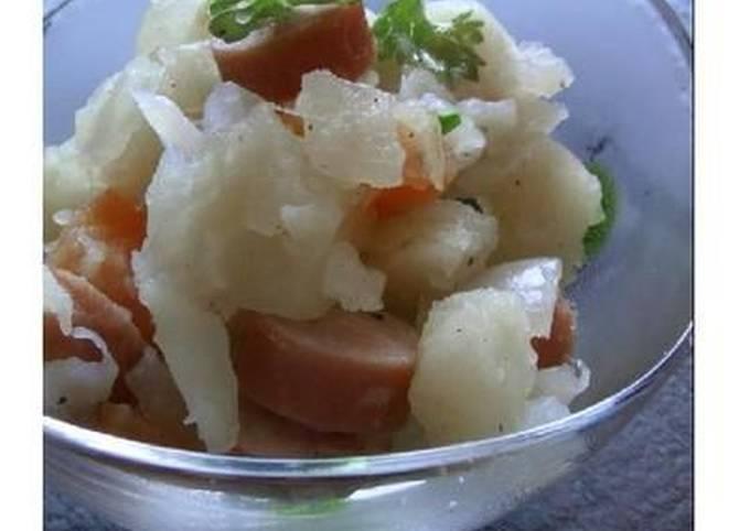 Potato and Frankfurter Sausage Salad