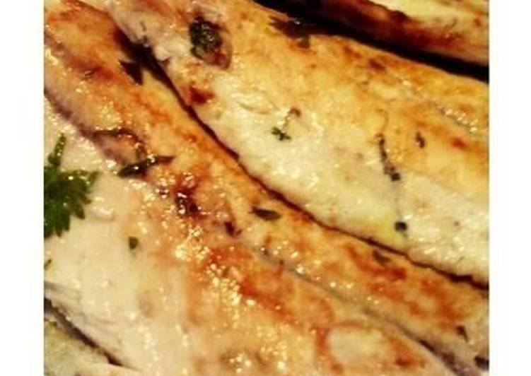 Foods That Can Make You Happy Pan-fried Yellowtail with Lemon and Parsley
