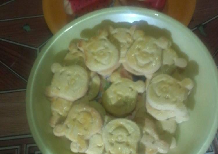 Kue Kering Susu Karakter Pooh - cookandrecipe.com