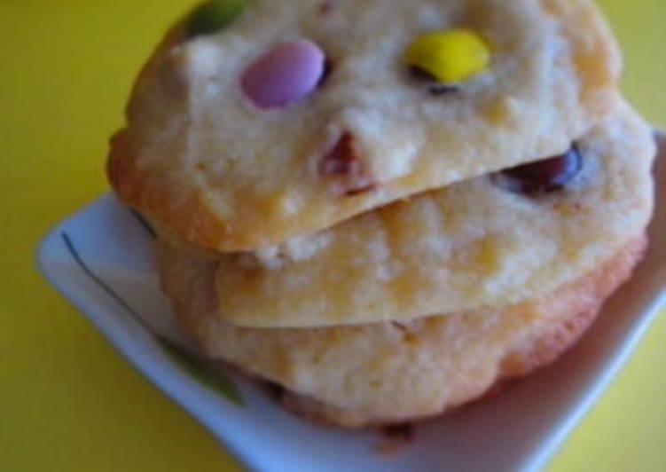 Steps to Prepare Speedy M&M Cookies
