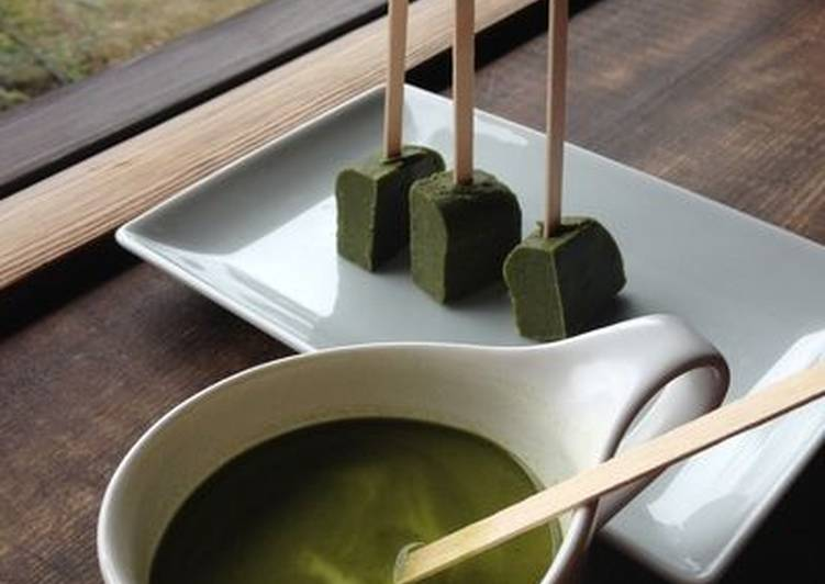 How to Prepare Tasty Green Tea Hot Chocolate on a Stick