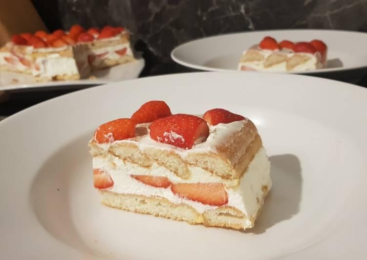 Comment Cuisiner 15• Charlotte aux fraises Design Fraisier