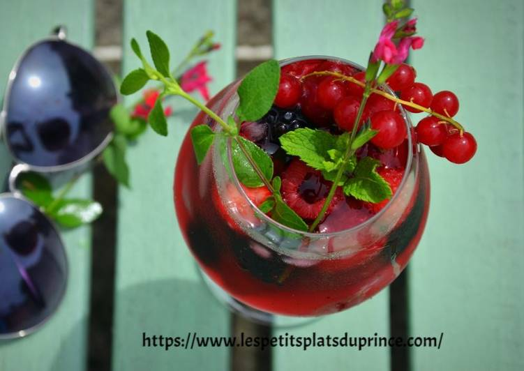 How to Cook Tasty Mocktail aux fruits rouges