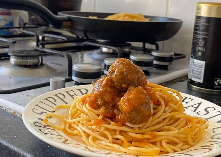 Steps to Prepare Speedy Spaghetti Meatball