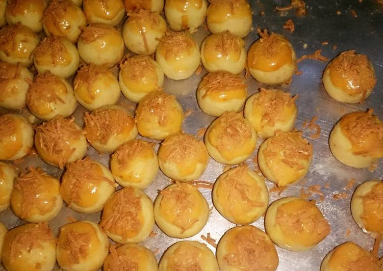 Nastar keju renyah, lembut dan Lumer di mulut - cookandrecipe.com