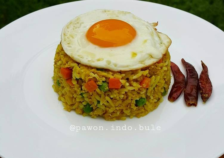 Easiest Way to Prepare Super Quick Homemade Curry Tuna Fried Rice