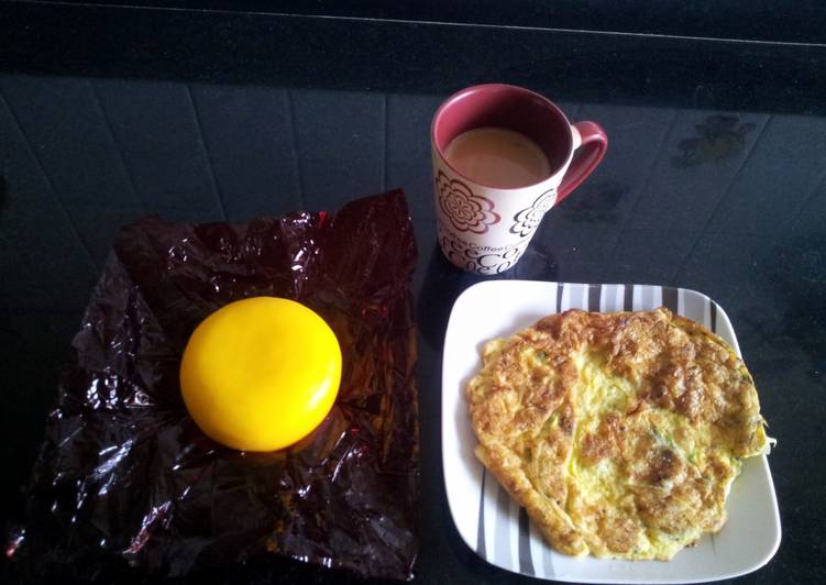 Perfect toast & omlet/scrambled eggs
