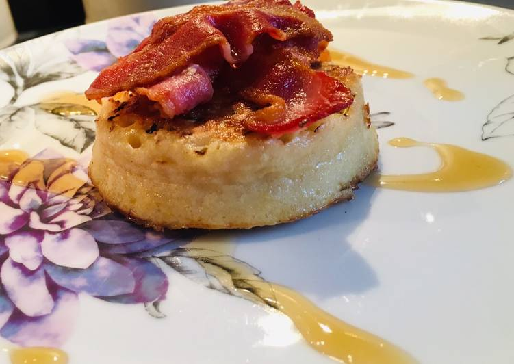 Recipe: Tasty Maple syrup and bacon on crumpets