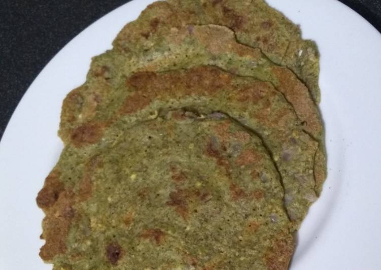 Steps to Make Speedy Sabut moong daal chilla