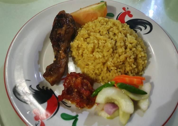 Nasi kebuli Ayam ala Tin