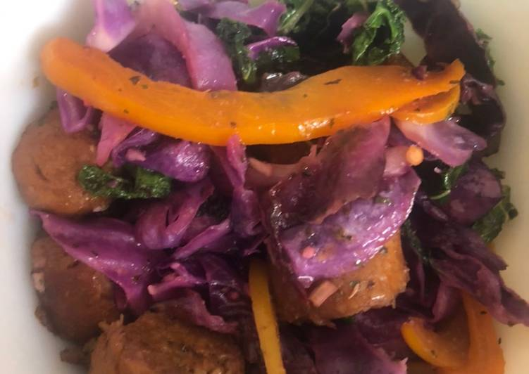 Easy Cheap Dinner Sautéed Purple Cabbage & Kale with Hot Italian Vegan Sausage & Bell Peppers
