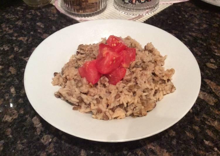 Mjadra (Rice & Lentils)