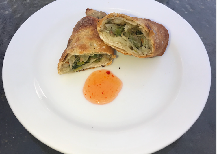 Recipe: Appetizing Egg Rolls