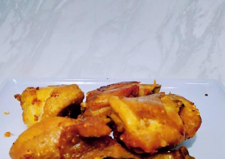 Ayam goreng (bumbu ukep sederhana)