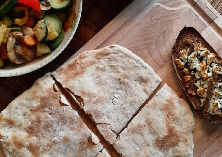 Focaccia mit Grillgemüse und Fetakrümeln 🍞🥕🥒🥕🧀