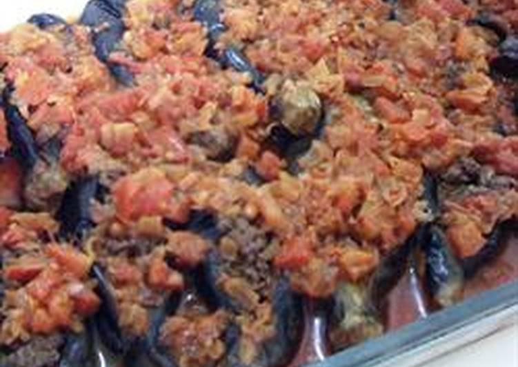 30 Minute Recipe of Special Cheikh IL Mehchi- baked Stuffed Eggplants with minced meat