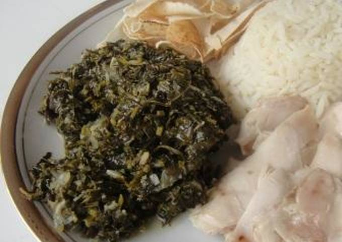Mloukhieyh with Meat and Chicken (Jews Mallow)