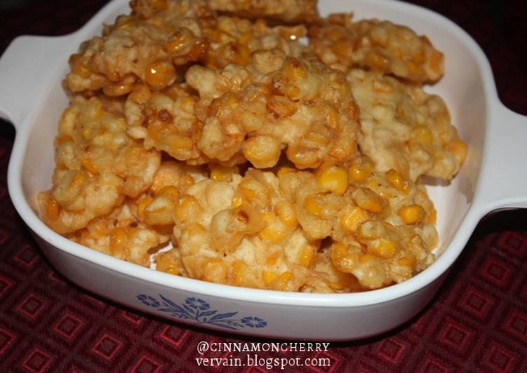 Perkedel Jagung (Indonesian Corn Fritters)