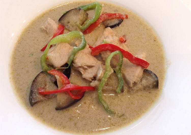 Comment faire Cuire Parfait Curry vert de poulet à la thaïlandaise