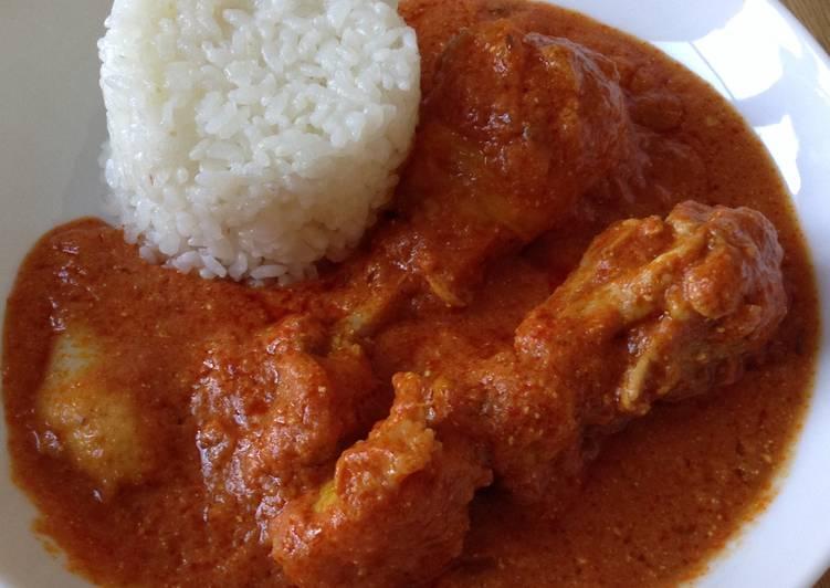 Curry de poulet au beurre et yaourt facile