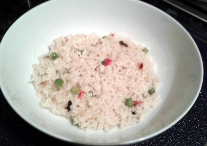 Step-by-Step Guide to Make Homemade Spicy Pilau Rice