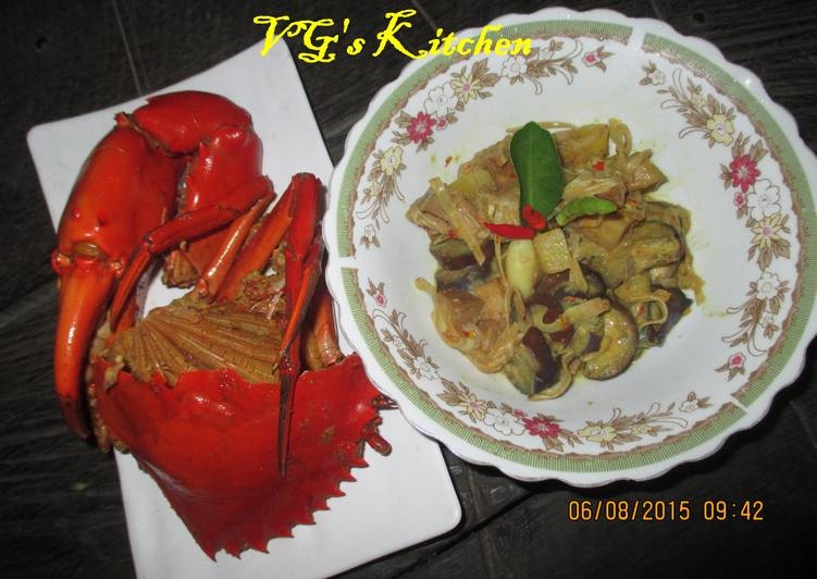 How to Boost Your Mood with Food Mangrove Crab with Coconut Milk Vegetables (KEPITING KARAKA)