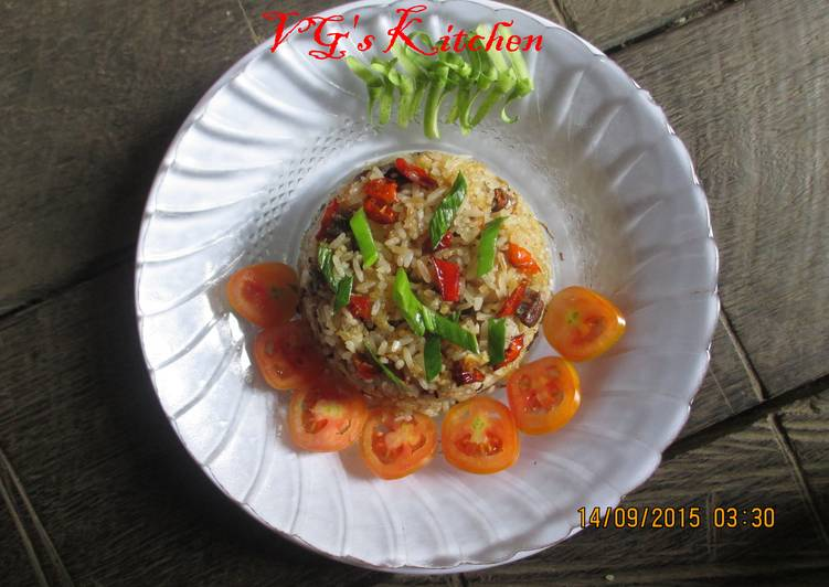 Salted Fish Fried Rice (NASI GORENG IKAN ASIN)