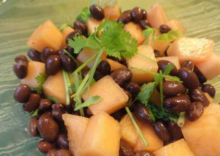 Black Bean and Cantaloupe Salad