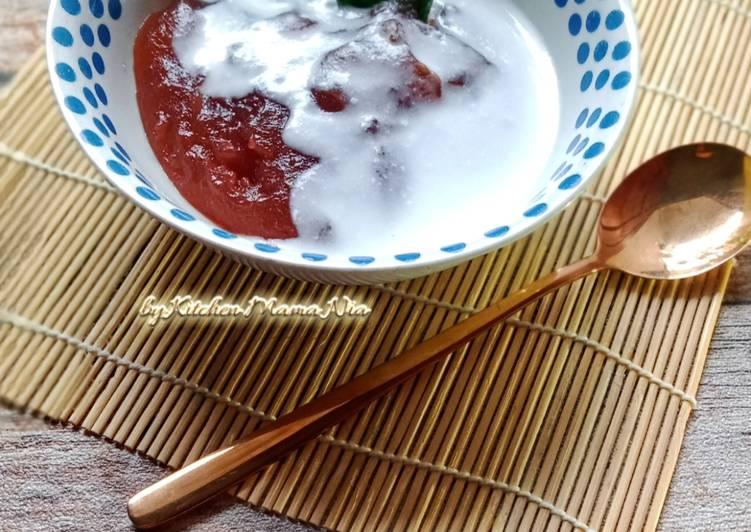 Bubur Sagu saus Santan