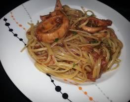 Linguini con calamares/Pasta con calamares