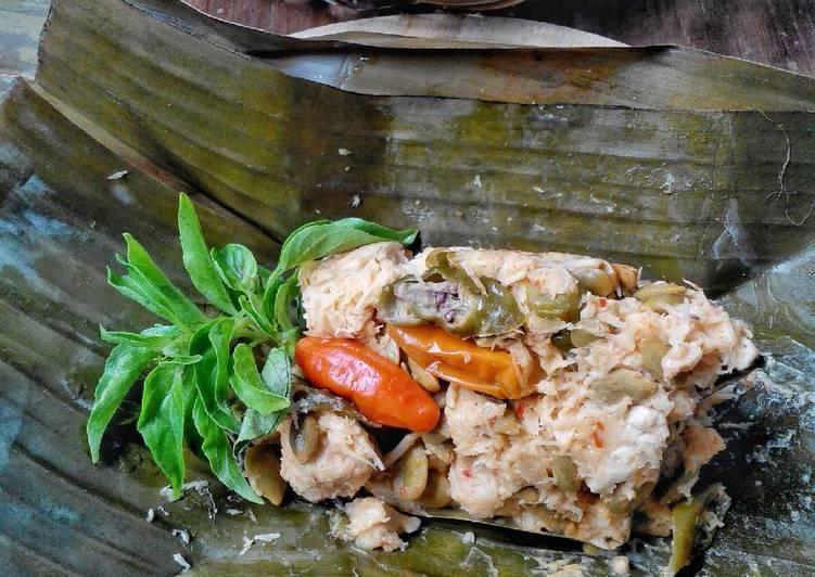 Resep Botok Tahu + Tempe + Lamtoro oleh Budhe Tri - Cookpad