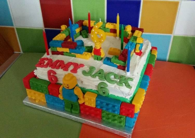 Vickys Lego Cake - Decoration Idea