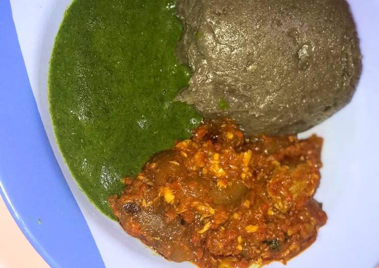 Amala with Ewedu(ayayo) soup