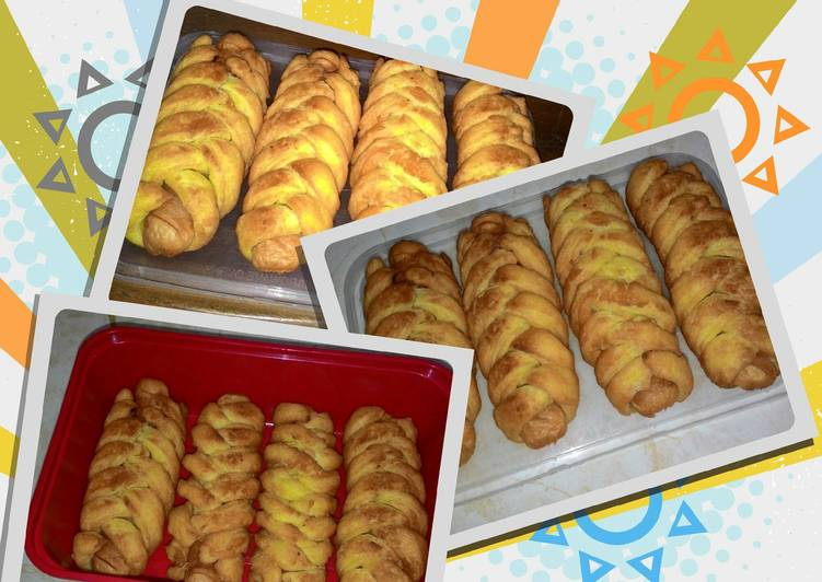 Roti Goreng Isi Sosis