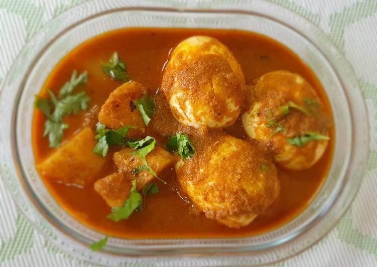 Kolhapuri egg curry (Anda Rassa)